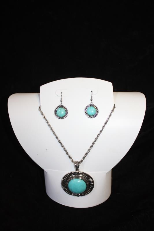 CS - Blue Pendant with Chain