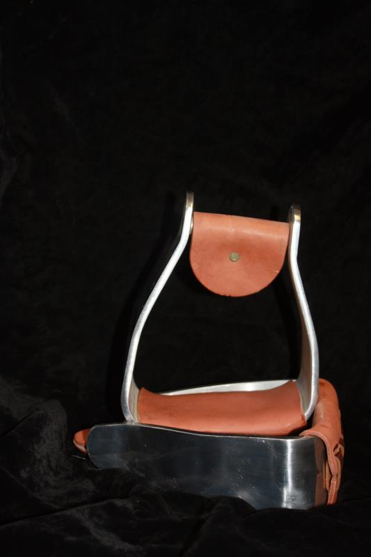 Weaver Sloped Aluminum Stirrups with Leather
